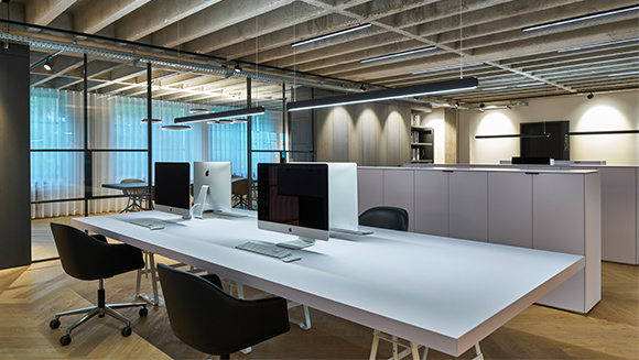 Office Uwe Binnberg – Mito linear as office lighting