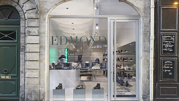 Edmond Paris – extravagant Store Lighting